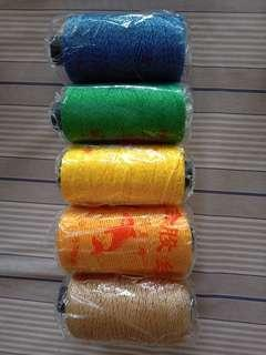 Nyalon yarn gold