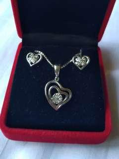 *REDUCED*White Gold Diamond Pendant Necklace and Diamond earring set