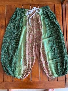 Alibaba Green Pants