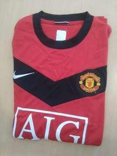 Signed and certificated Manchester United Shirt by Patrice Evra 艾夫華