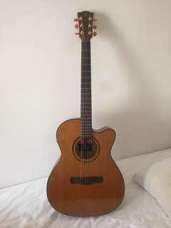 Guitar Merida completely NEW with bag