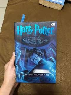 Novel Harry Potter buku harry potter and the order of the phoenix