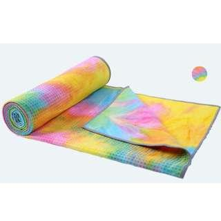 🚚 YogaBustle Travel Yoga Mat Towel - Super Soft, Sweat Absorbent, Non-Slip Bikram Hot Yoga Towels Perfect Size For Mat - Ideal For Hot Yoga & Pilates Exercise! Cheerful Marigold Color to Enhance Your Practice Mood