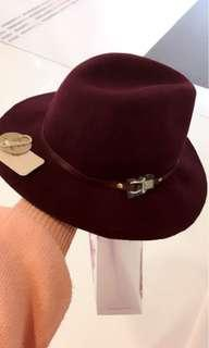 Accessorize hat red new