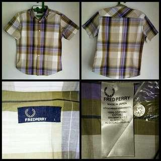 Kemeja Fred Perry