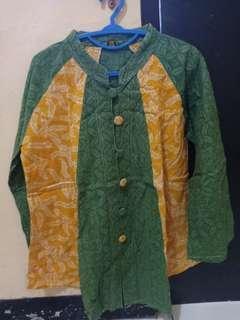 Baju atasan batik