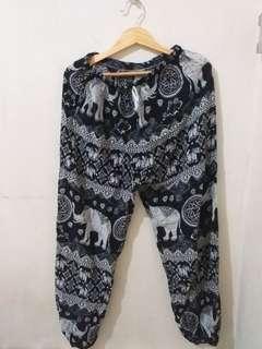 Celana Santai dari Thailand