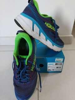 Hoka conquest 3 size UK 9.5/US 10