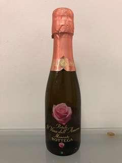 🚚 Bottega Rose Gold