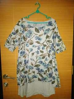 #SuperDeal (Preloved) Blouse bunga bunga (Kode:057)