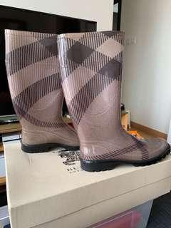 Authentic Burberry rain boots for sale size EUR39
