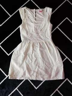 bershka beige dress