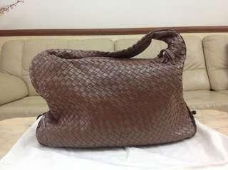 Prelov Weaver hobo bag. Condition good n clean inside n out. Light n spacious, can put a lot of things. Retail @$600 plus. Letting go cheap for sincere buyers
