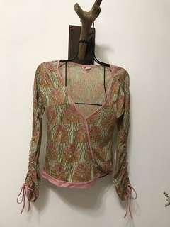 🚚 杏色玫瑰花造型拉繩針織衫(含運)