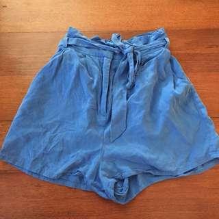 LULU&ROSE High waisted paper bag shorts