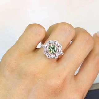 Green Diamond ring 绿色钻石戒指