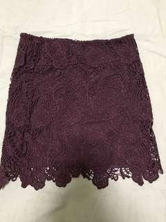 🚚 maroon lace skirt