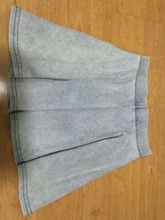 🚚 blue skirt