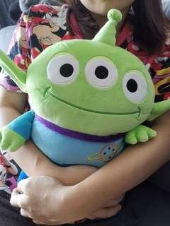 [Ready Stock] Disney Mocchi Mocchi T-ARTS Toy Story Pixar Alien three eyes soft toy