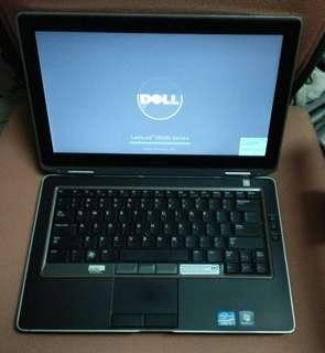 """Dell Latitude E6320 13.3""""Core i5 2.5GHz / 4GB / 250GB /DVD+rw/windows 10"""