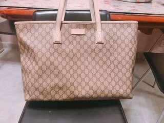 Gucci handbag 大size