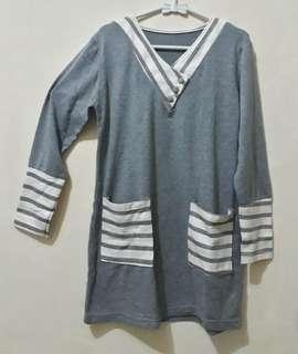 Longhand light grey (abu-abu muda)