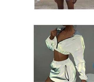 Two piece reflective set