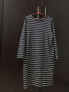 Preloved Uniqlo Long-Sleeved Dress