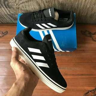 Adidas True Chill Skate Suede Black / White