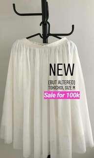 Tokichoi white skirt