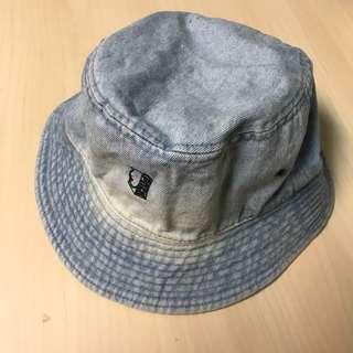 🚚 日本PNCK 乳房牛奶漁夫帽 淺藍牛仔 帽圍約58 有部分褪色泛黃 不介意再下標