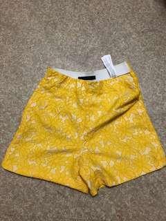 Zara yellow flower shorts