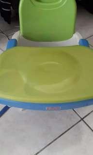 🚚 費雪寶寶攜帶式餐椅