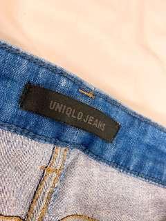 🚚 UNIQLO 特彈牛仔褲,只下過水
