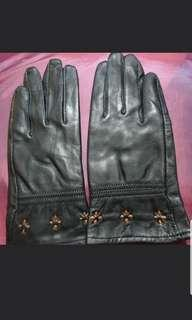 Leather gloves size M