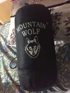 MOUNTAIN WOLF SLEEPING BAG