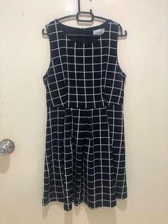 Twenty3 Dress in Size M