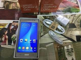 Samsung Galaxy one5