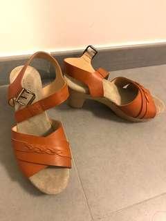 A.P.C. Platform Sandal 皮木屐涼鞋