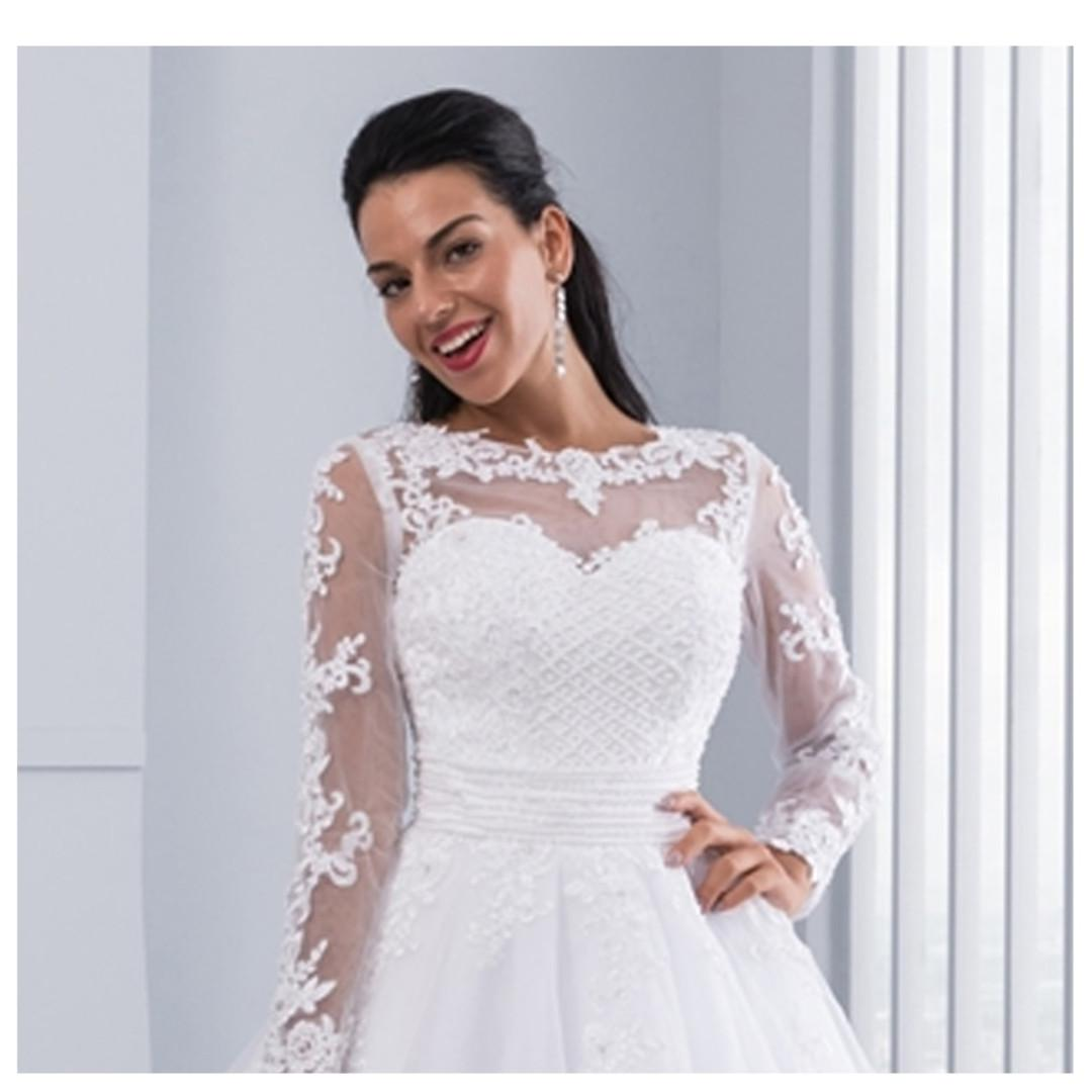 2 In 1 Wedding Dresses Bridal Gowns Ball Gown Detachable Train Lace Appliques Pearls Bridal Gowns Women S Fashion Clothes Dresses Skirts On Carousell