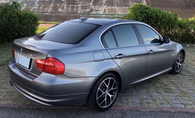 自售 寶馬 總代理2011年BMW 320i高效動力版 末代E90 頂配含原廠大螢幕 原廠頂級音響 衛星導航