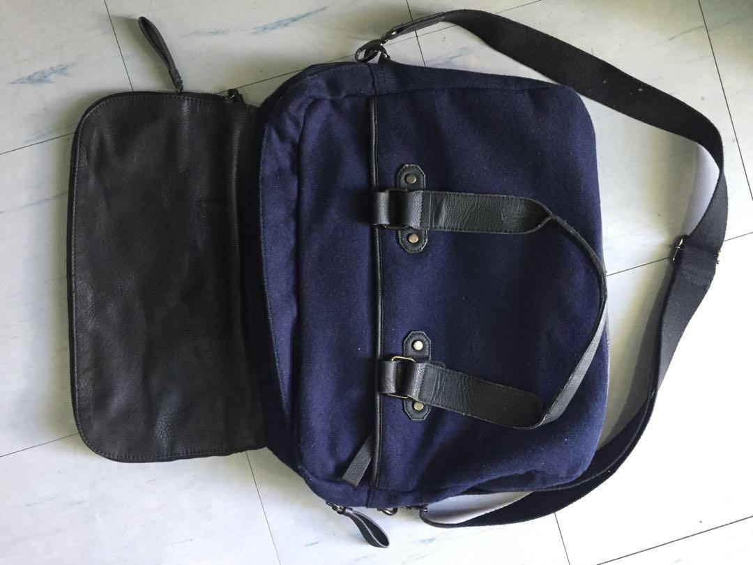 16f1dedebc1 ALDO Messenger/laptop bag, Women's Fashion, Bags & Wallets on Carousell