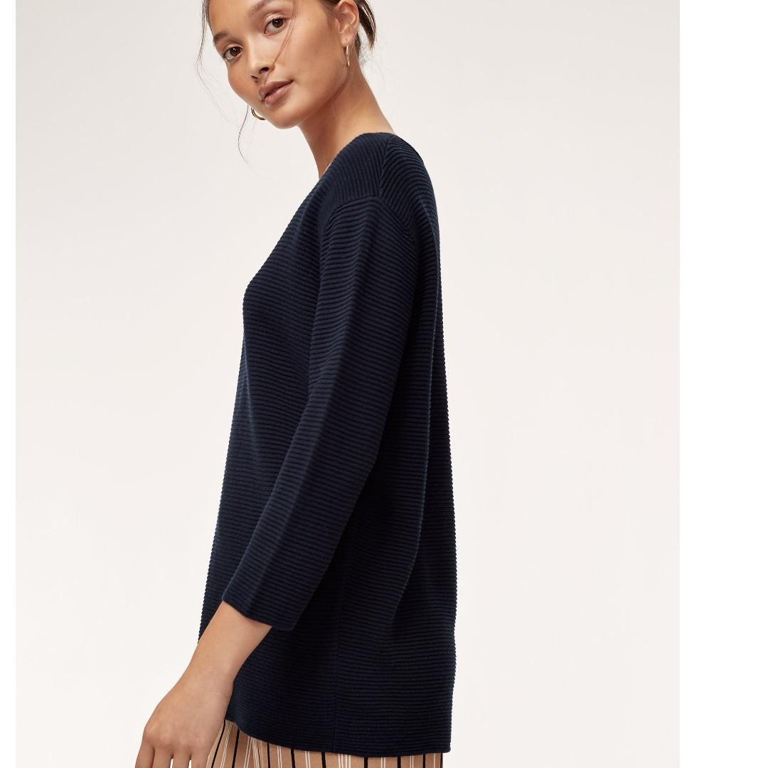Aritzia Wilfred Blanchard Sweater in Kinetic (navy blue) XS