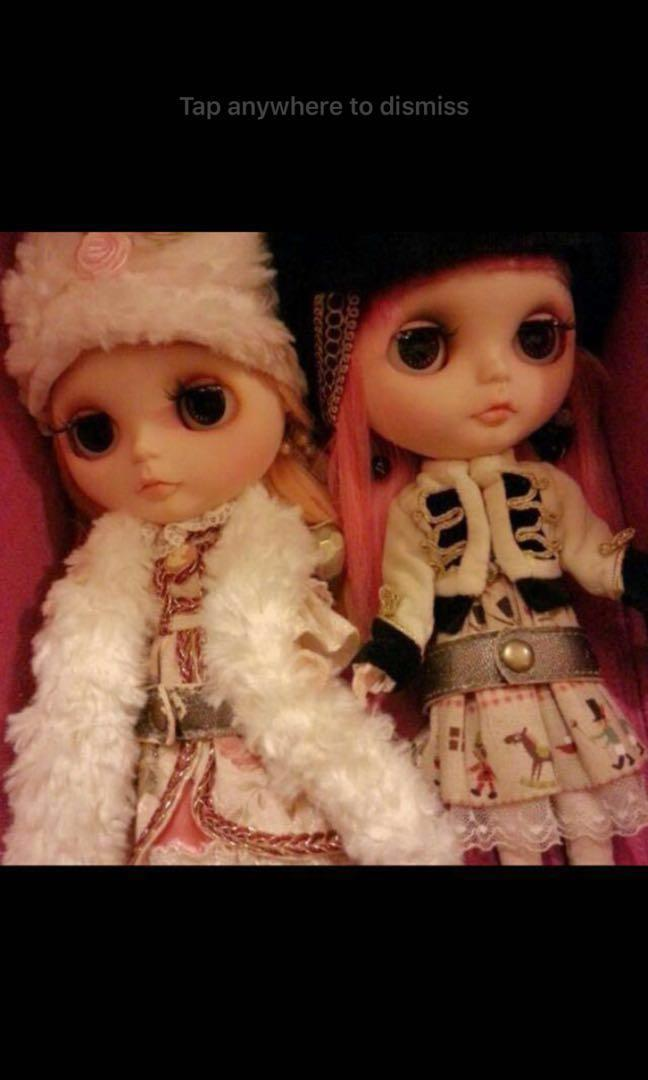 Clearance of a pair of customised Blythe