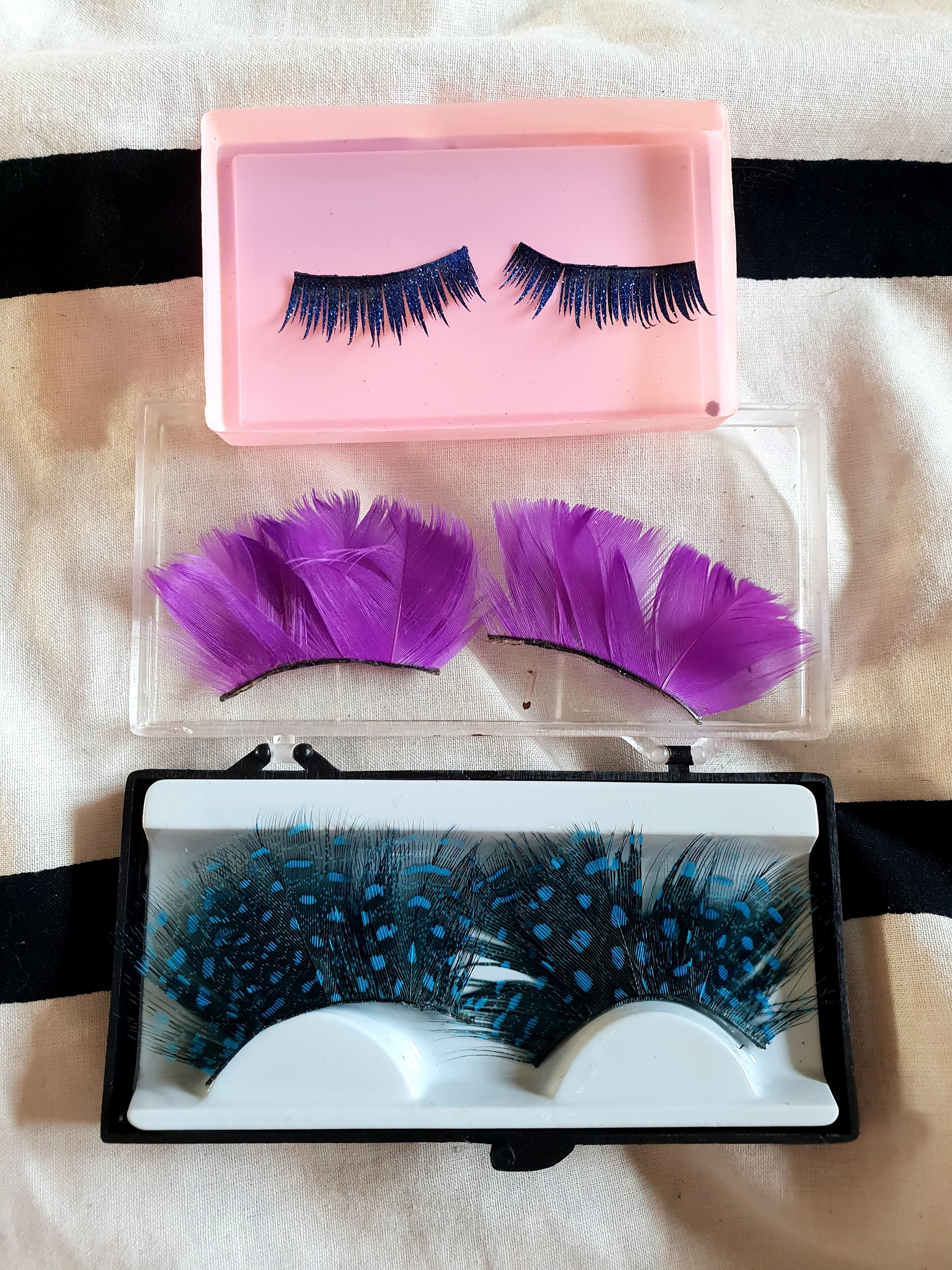 4682d57c8e0 Colour Feather false lashes, Health & Beauty, Makeup on Carousell
