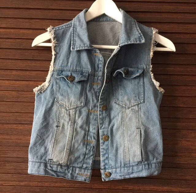 0fc5035b6 Denim Vest / Blazer, Women's Fashion, Clothes, Outerwear on Carousell