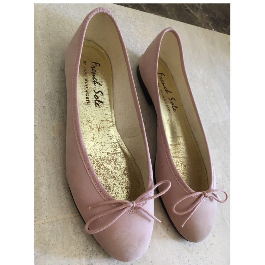 ea607cd9d03 French Sole classic pale pink leather ballet flats