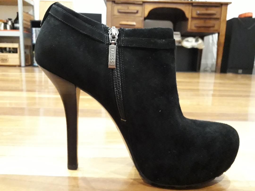 GUESS Gracia Black Suede Ankle Boots (size 10) BRAND NEW