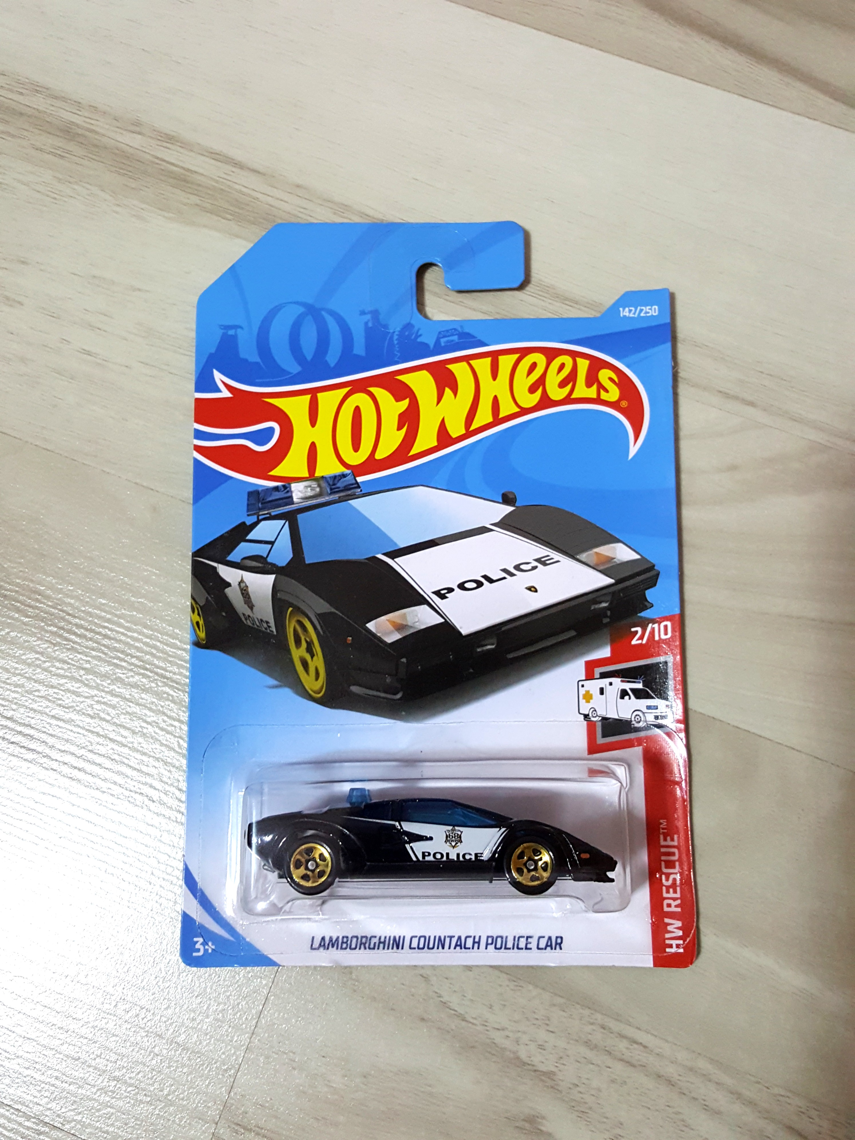 Hot Wheels Countach Police Toys Games Bricks Figurines On
