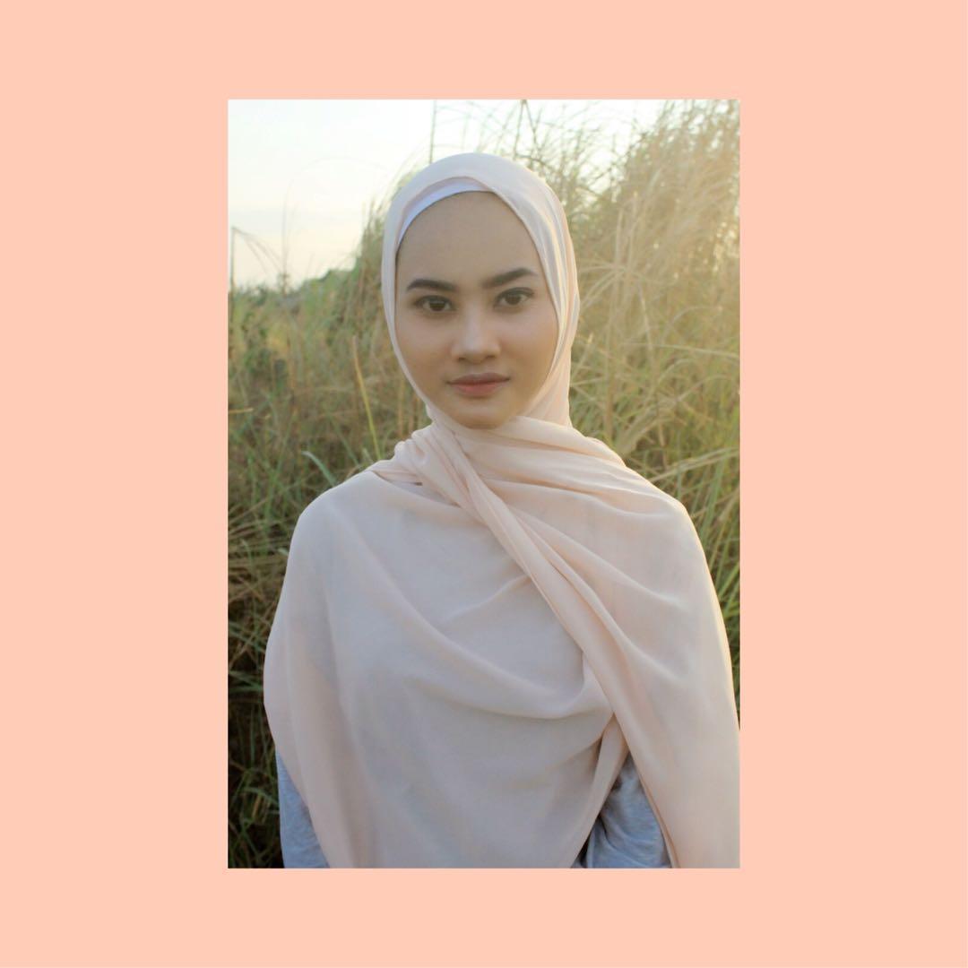 Pashmina Ceruti Baby Doll Diamond Fesyen Wanita Muslim Fashion Syal Di Carousell